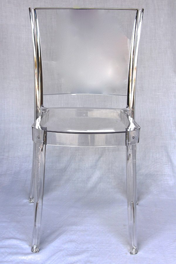 Italo Chair Transparent Table Manners