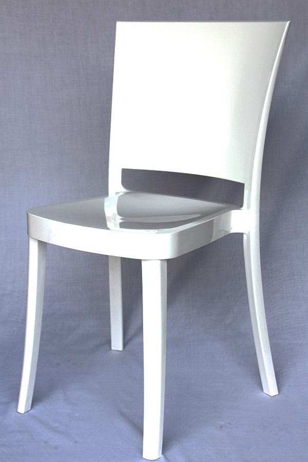 Italo Chair White Table Manners